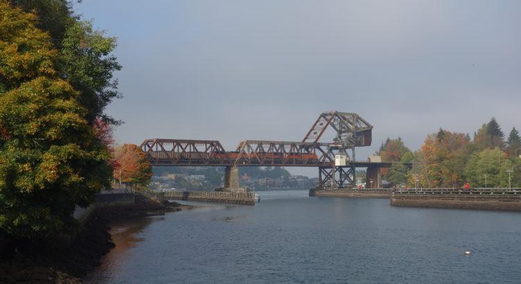 BNSF proposes to replace Salmon Bay railroad bridge